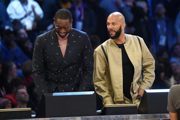"""Dwyane Wade chính thức lên tiếng sau loạt chỉ trích """"thiên vị"""" tại Slam Dunk Contest 2020 - Ảnh 3."""