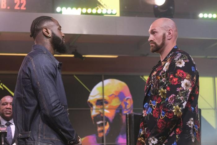 """Còn chưa lên đài tái đấu với Deontay Wilder, """"Gã hề"""" Tyson Fury đã nghĩ xong phương án """"quẩy"""" để ăn mừng - Ảnh 1."""