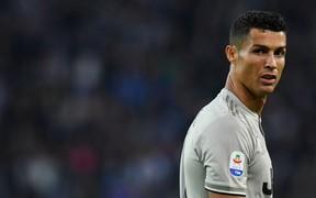 """Real Madrid lên tiếng về việc bắt Ronaldo dùng tiền """"bịt miệng"""" nạn nhân trong vụ hiếp dâm"""