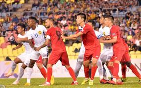 Chơi hơn người, đối thủ trực tiếp của Việt Nam tại AFF Cup 2018 vẫn nhận trận thua đau trên sân nhà