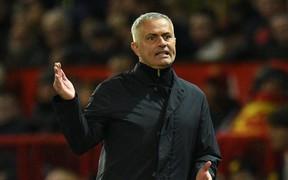 Mourinho có thể bị FA 'sờ gáy' vì hành động khó hiểu trong trận đấu với Newcastle