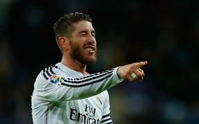Muốn làm HLV Real Madrid, Conte đừng dại biến Ramos thành kẻ thù
