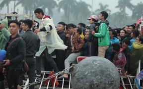 Báo Thái Lan ngỡ ngàng, không tin nổi trước cảnh fan Việt mua vé cho trận đại chiến với Malaysia