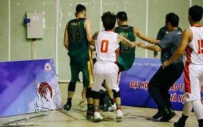 """Huyền thoại bóng rổ Việt Nam: """"Án phạt cấm thi đấu 10 năm cho Văn Đầy và Phước Thắng là quá nặng"""""""