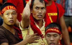 Cổ động viên Việt Nam hãy coi chừng Ultras Malaysia - đám người hung hãn khi bản năng nguyên thủy bị đánh thức