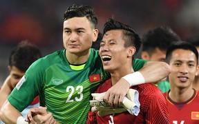 """Nhà vô địch AFF Cup 2018 Quế Ngọc Hải: """"Máy chém"""" rũ bỏ những định kiến để đứng dậy sáng lòa"""