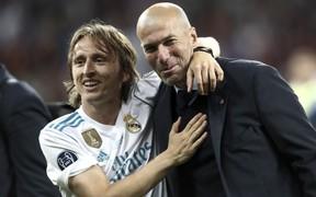 Quả bóng vàng của Modric đã được Zidane dự đoán từ gần 3 năm trước