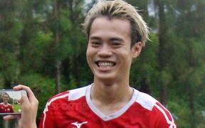 Văn Toàn trước trận gặp Hà Nội FC: 'Vào trận đấu là không còn anh em gì cả'