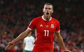 Bale lập siêu phẩm giúp Xứ Wales của Ryan Giggs đè bẹp đối thủ