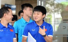 Trợ lý tiếng Anh của HLV Park Hang-seo mong được tiếp tục đồng hành cùng bóng đá Việt Nam