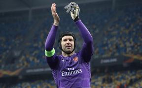 Petr Cech tuyên bố giải nghệ vào cuối mùa giải