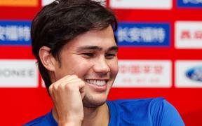 """Đội trưởng Philippines đang đá Asian Cup bỗng trở thành kẻ thất nghiệp vì lý do """"trên trời rơi xuống"""""""