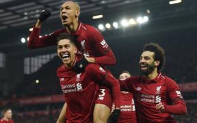 Mũi đinh ba Salah - Firmino - Mane tỏa sáng giúp Liverpool thắng nghẹt thở 4-3