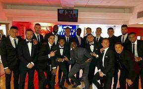 Chùm ảnh: Dàn sao Man Utd sang trọng đi dự Gala