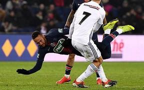 Cầu thủ Pháp phát biểu cực vô tâm dù gián tiếp khiến Neymar tái phát chấn thương nặng