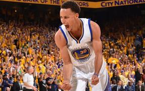 Stephen Curry xô đổ kỷ lục về tiền lương trong một mùa giải tại NBA