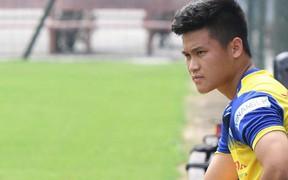 Tiền đạo Tuấn Hải (U22 Việt Nam) chấn thương ngay trước thềm trận giao hữu với UAE
