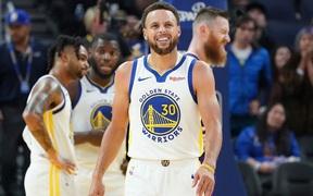 Stephen Curry hy vọng có thể trở lại cùng Golden State Warriors vào mùa xuân năm sau