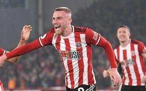 """MU giành 1 điểm trên sân Sheffield United theo một kịch bản """"điên rồ"""""""
