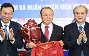 Báo Hàn Quốc ví HLV Park Hang-seo như một nhà ngoại giao trong mối quan hệ Việt- Hàn