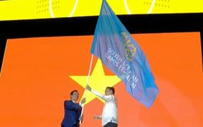 Bế mạc SEA Games 30: Việt Nam nhận cờ đăng cai Đại hội thể thao Đông Nam Á lần thứ 31
