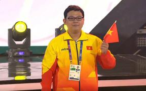 Tuyển thủ Starcraft II xuất sắc nhất Việt Nam thử sức nhà vô địch thế giới năm 2015