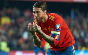 """Vòng loại Euro 2020: """"Gã đồ tể"""" cứu Tây Ban Nha bằng cú panenka, dàn trai đẹp Italy ra quân ấn tượng"""