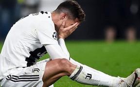 Video: Ronaldo mắng đồng đội sau trận thua đau ở Champions League
