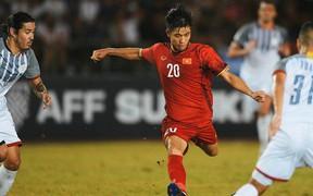 Phan Văn Đức đứng trước nguy cơ lỡ hẹn với King's Cup vì chấn thương