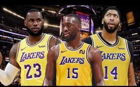 """Adrian Wojnarowski """"mách nước"""" cho Lakers về thương vụ Kemba Walker"""