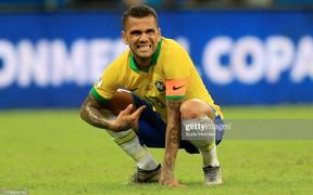 Có đội bóng nào đen đủi hơn tuyển Brazil hôm nay: 3 lần ăn mừng hụt để rồi rời sân trong nỗi thất vọng