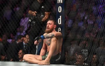 """Thua đau bởi đòn khóa, """"Gã điên"""" Conor McGregor nhận án cấm thì đấu một tháng"""