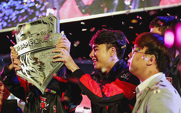 Ngôi sao đường trên Việt Nam, Zeros nhận được lời khen ngợi từ nhà sáng lập LMHT