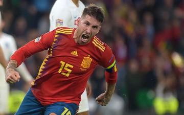 Ramos vươn tới thành tích đáng ngưỡng mộ trong ngày Tây Ban Nha thất bại trước á quân World Cup