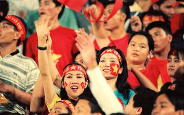 """Sau hôm nay, tiếng hô vang """"Việt Nam vô địch"""" sẽ mãi biến mất trên sân Hàng Đẫy"""