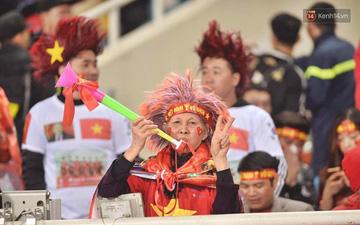 Những tác hại khi cổ vũ bằng kèn vuvuzela