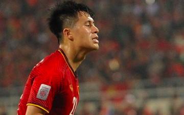 Tuyển thủ Việt Nam đầu tiên phàn nàn về âm thanh khó chịu, gây đau đầu của kèn vuvuzela