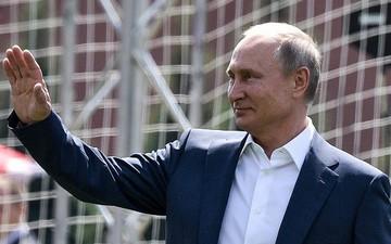 Tổng thống Putin giành lời khen ngợi cho chiến tích của ĐT Nga tại World Cup 2018
