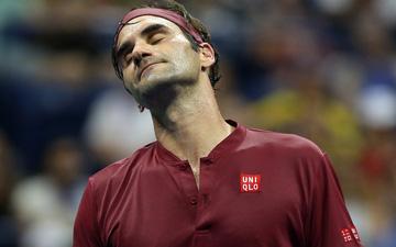 Federer thua sốc tay vợt ngổ ngáo ở vòng 4 US Open