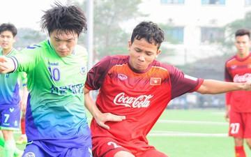 Bất chấp cái Tết cận kề, các cầu thủ U22 Việt Nam vẫn quyết tâm tập luyện, thi đấu với đội bóng Hàn Quốc