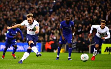 Công nghệ VAR giúp Tottenham đánh bại Chelsea, đặt một chân vào chung kết League Cup