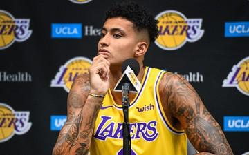 """Sao trẻ Lakers ký hợp đồng triệu đô với hãng giày tưởng như """"hết thời"""""""