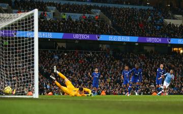 Khoảnh khắc siêu sao giúp Man City đả bại Chelsea ngay trên sân nhà