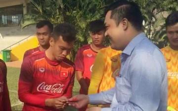 Đội tuyển U22 Việt Nam nhận lì xì đầu năm từ lãnh đạo VFF