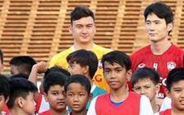 Văn Lâm có trận đấu ra mắt đội bóng mới trên đất Campuchia vào tối 09/02?