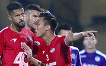 Quế Ngọc Hải nhận án phạt bổ sung cực nặng sau pha vào bóng nguy hiểm với Văn Kiên (Hà Nội FC)