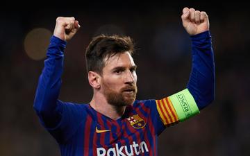 """Một ngày sau khi Ronaldo lập cú hat-trick """"thần thánh"""", Messi tạo nên thành tích chưa từng có trong sự nghiệp"""