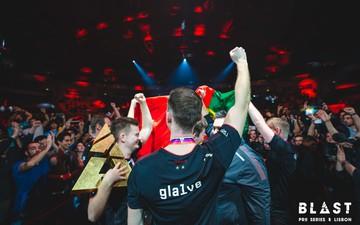 Gla1ve trải lòng về quá trình trở thành trở thành đội trưởng của team CSGO mạnh nhất thế giới