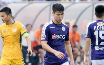 Duy Mạnh tái phát chấn thương, Hà Nội FC và HLV Park Hang-seo lo ngay ngáy