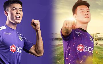 Duy Mạnh và Thành Chung phân cao thấp bằng game, các đồng đội Hà Nội FC xung quanh cổ vũ vui nhộn